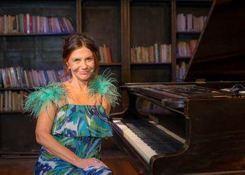 Entrevista a Vivi Falabella • Jazz en California